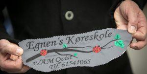 Tilbud på broderi af logo - her prøvebroderi af Egnen's Køreskole.
