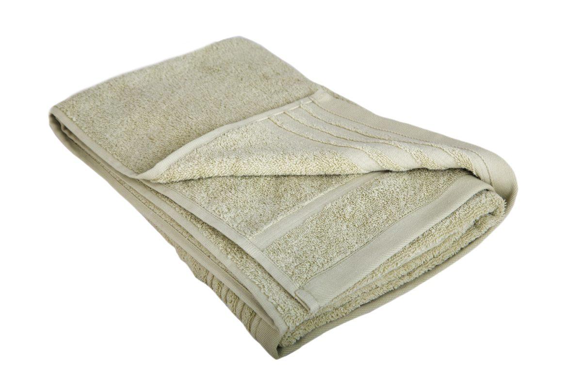 Lys grøn luksus håndklæde med navn.